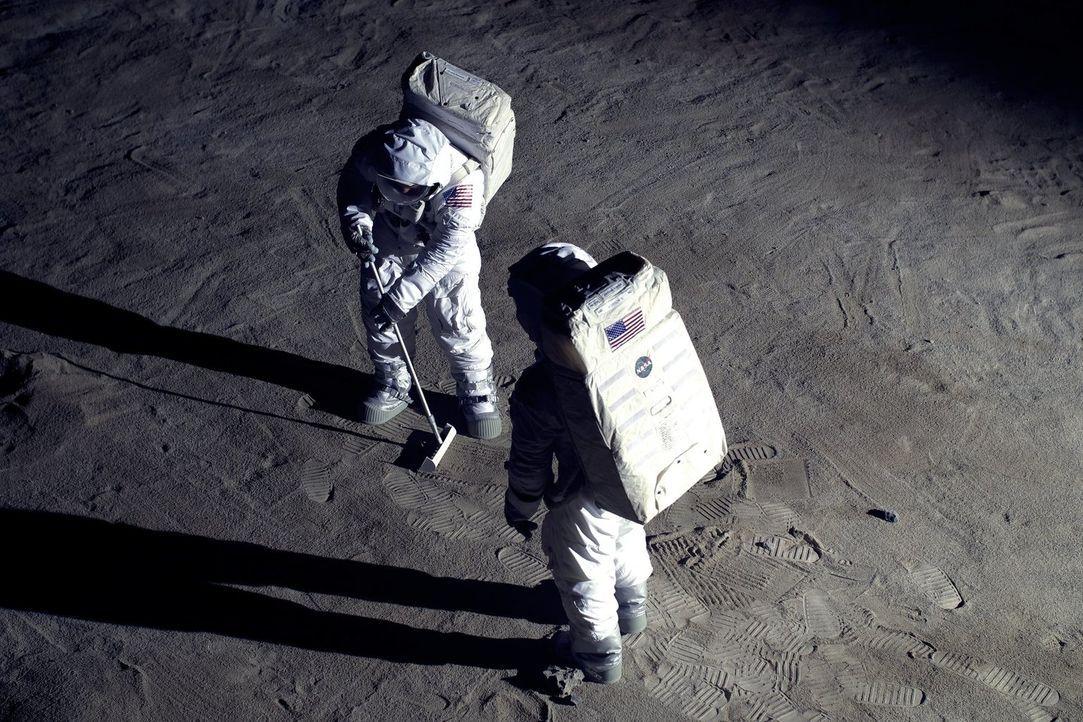 """50 Jahre nach der Mondlandung lässt """"Galileo"""" seine Zuschauer in einem interaktiven Space Event in die Moonboots von Neil Armstrong schlüpfen ... - Bildquelle: Bernhard Weise ProSieben"""