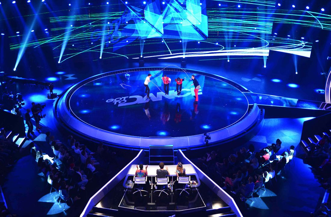 Got-To-Dance-International-Show-Team-01-SAT1-ProSieben-Willi-Weber - Bildquelle: SAT.1/ProSieben/Willi Weber