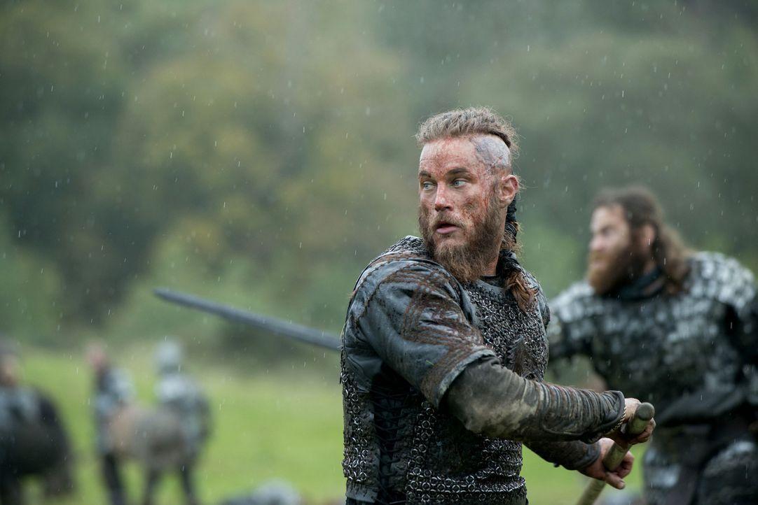 Stehen vor einer gewaltigen Auseinandersetzung mit König Ecbert und seinen Kriegern: Ragnar (Travis Fimmel) und seine Gefolgsleute ... - Bildquelle: 2014 TM TELEVISION PRODUCTIONS LIMITED/T5 VIKINGS PRODUCTIONS INC. ALL RIGHTS RESERVED.