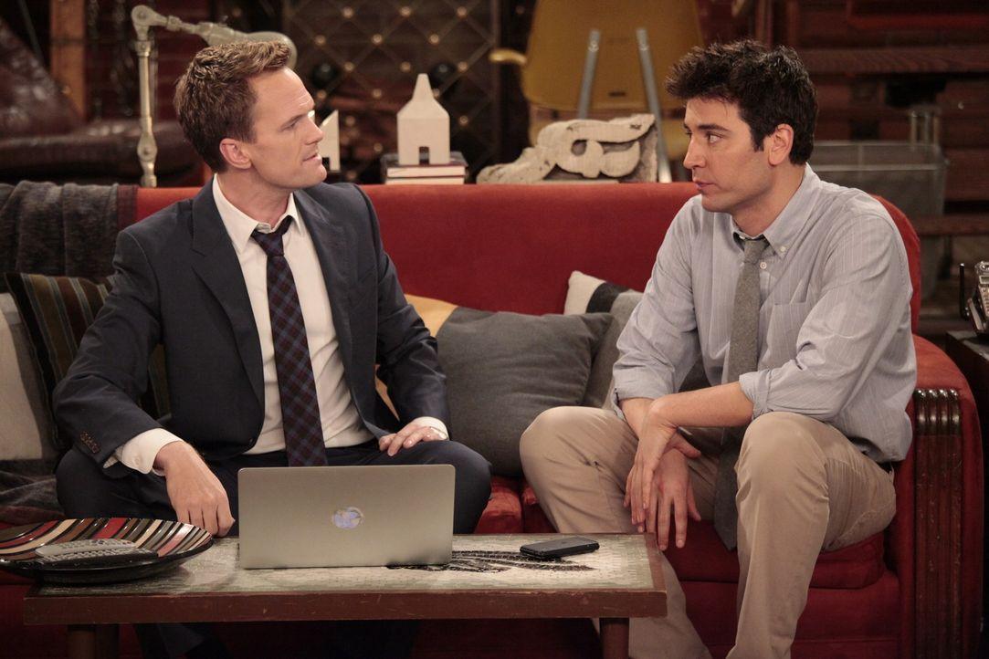 Ted (Josh Radnor, r.) und Robin werden sich einig, was ihre Beziehung angeht, während Barney (Neil Patrick Harris, l.) ein Problem mit dem Beruf sei... - Bildquelle: 20th Century Fox International Television