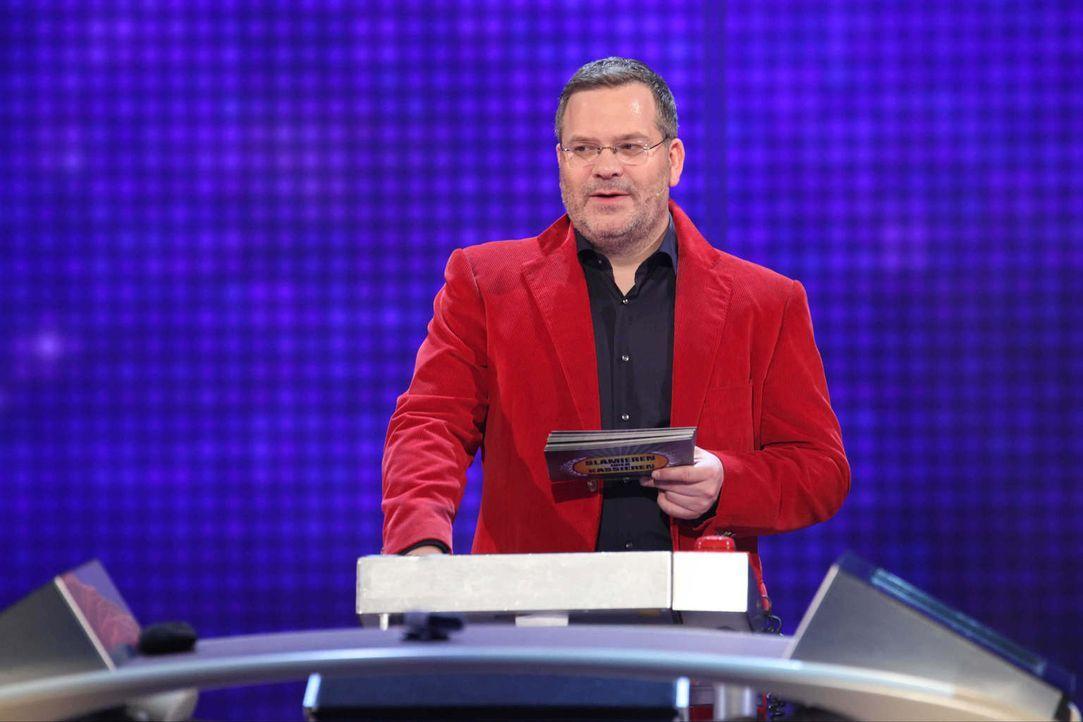"""Gastgeber von """"Schlag den Star"""": Elton ... - Bildquelle: Frank Hempel ProSieben"""