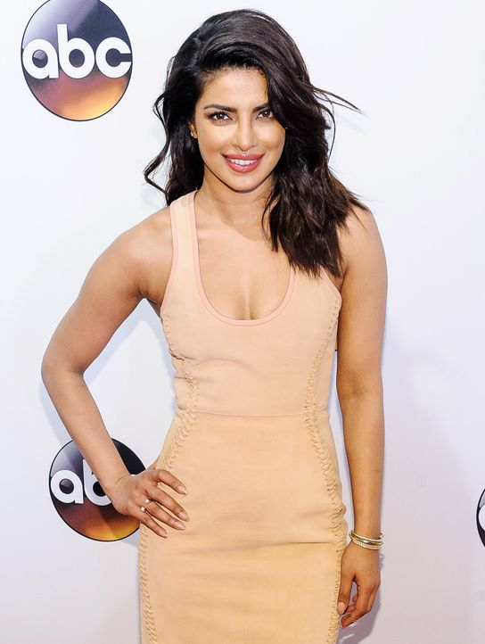 Priyanka-Chopra-160517-C-Smith-WENN-com - Bildquelle: C.Smith/WENN.com