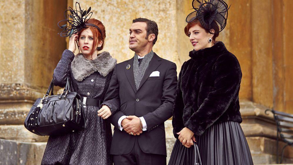 The Royals Staffel 2 Handlung