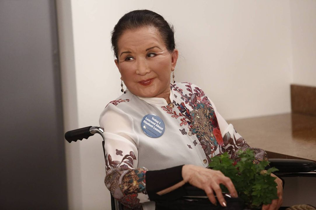 Für Grandma Huang (Lucille Soong) ist es nicht leicht, sich an das Leben in Amerika zu gewöhnen. Darum würde sie es wohl begrüßen, wenn Evan seinen... - Bildquelle: 2015-2016 American Broadcasting Companies. All rights reserved.