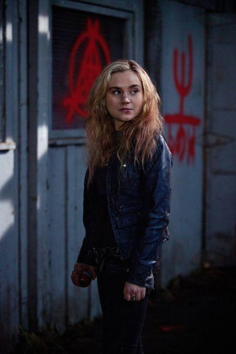 Ist Meg (Rachel Miner) möglicherweise die einzige, der die Winchesters wirklich vertrauen können? - Bildquelle: Warner Bros. Television