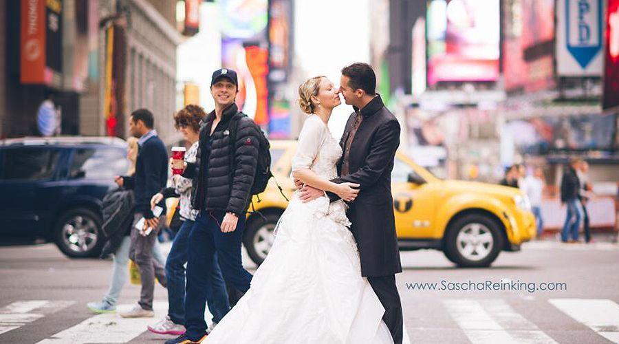Zach Braff liefert eine Hochzeits-Bombe - Bildquelle: twitter.com/saschareinking