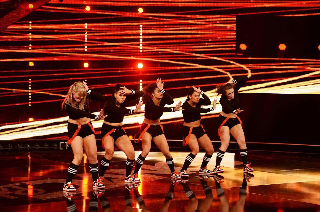 Got-To-Dance-Banging-Boots-04-SAT1-ProSieben-Willi-Weber - Bildquelle: SAT.1/ProSieben/Willi Weber