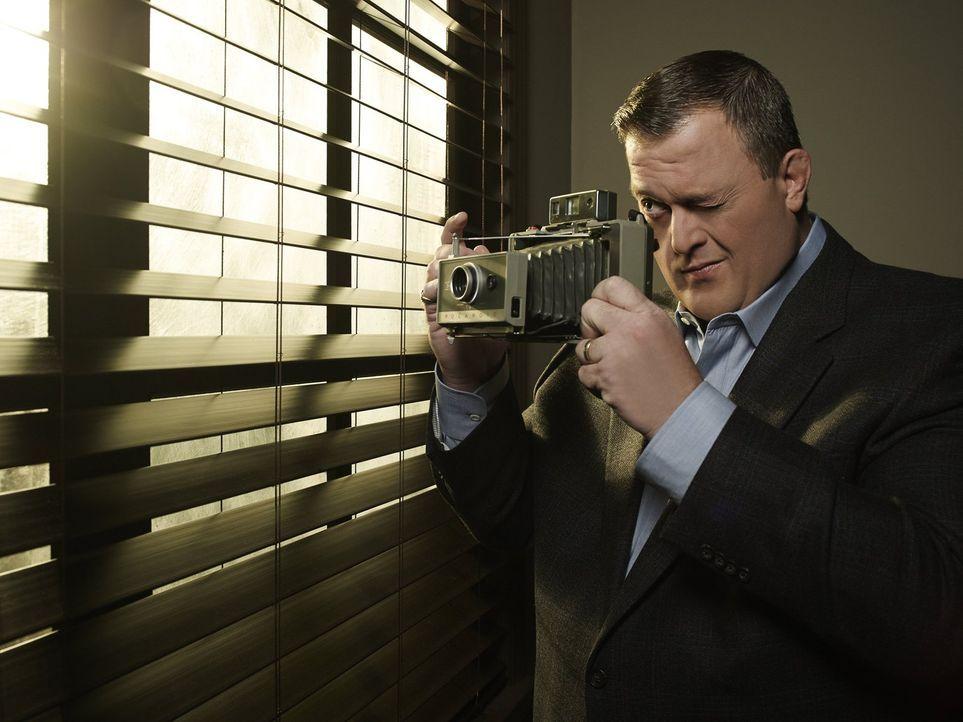 (4. Staffel) - Der gefühlvolle Polizist Mike (Billy Gardell) ist von seiner Molly ganz angetan ... - Bildquelle: Warner Brothers