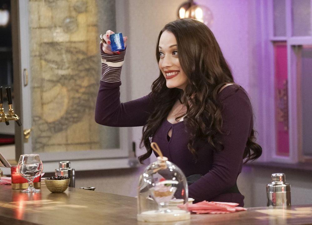 Mitten in der heißen Phase ihres Barkeeper-Kurses erkrankt Max (Kat Dennings) urplötzlich und Caroline muss alleine zur Abschlussprüfung antreten ..... - Bildquelle: Warner Bros. Television