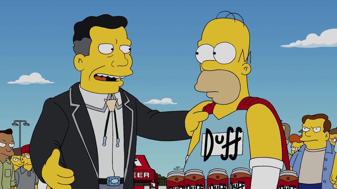 Schafft es Homer (r.), die Anweisungen seines Bosses H.K. Duff (l.) zu befolgen und keinen Alkohol mehr zu trinken? - Bildquelle: 2014 Twentieth Century Fox Film Corporation. All rights reserved.