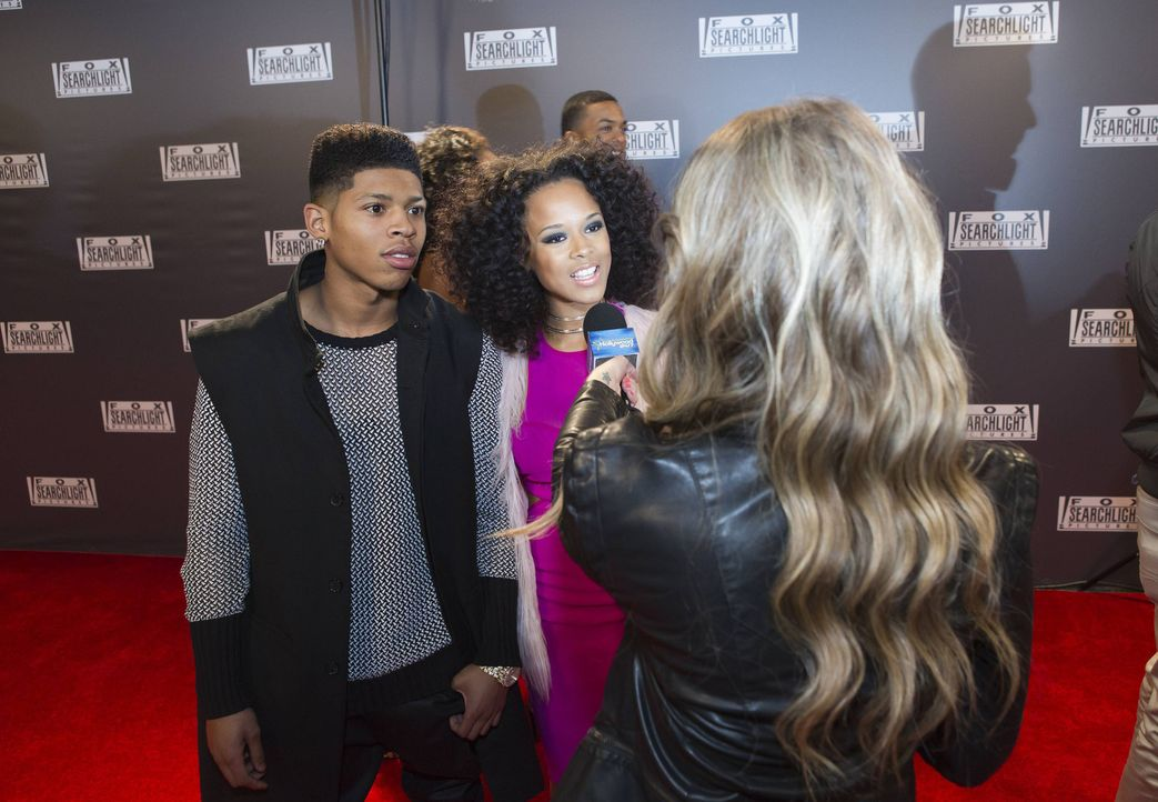 Wird Hakeem (Bryshere Y. Gray, l.) wirklich ein größerer Star als sein Dad? Tiana (Serayah McNeill, r.) wagt sich im Interview weit aus dem Fenster... - Bildquelle: 2015 Fox and its related entities.  All rights reserved.