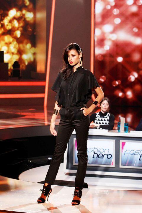 Fashion-Hero-Epi06-Gewinneroutfits-Rayan-Odyll-s-Oliver-01-Richard-Huebner-TEASER - Bildquelle: Richard Huebner