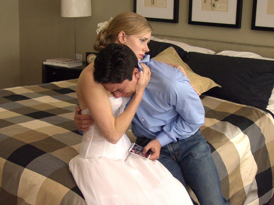 In guten wie in schlechten Tagen! Kurz vor ihrer Heirat geraten Elise (Amy Adams, l.) und Michael (Adam Garcia, r.) in eine Achternbahn der Gefühle...