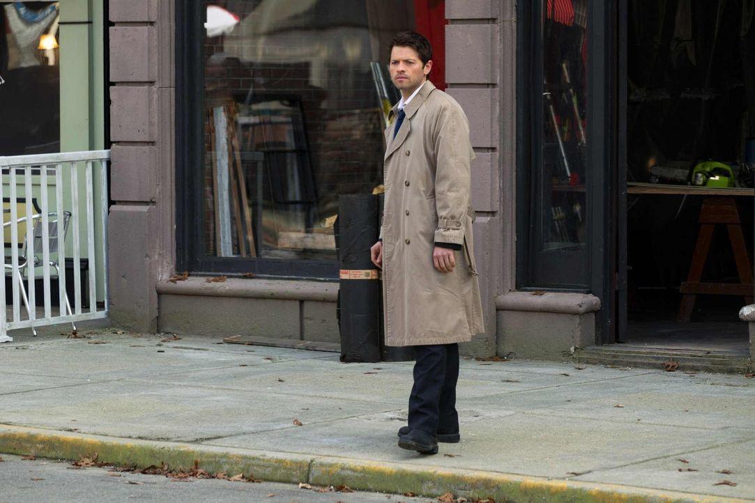 Kennt Castiel (Misha Collins) Balthazars wirklichen Antrieb für seinen Eingriff in die Geschichte? - Bildquelle: Warner Bros. Television