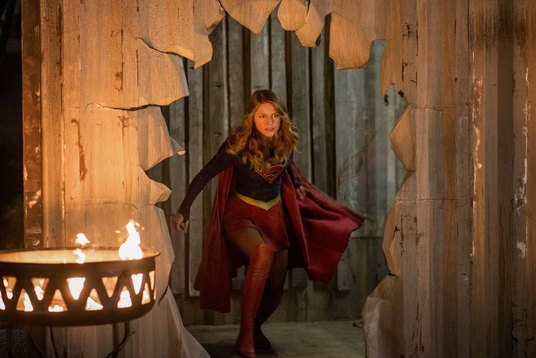 Superheldin Kara (Melissa Benoist) stellt sich dem Alien-Fightclub und tritt in den Ring. Doch dieses Mal überschätzt sie ihre Superkräfte ... - Bildquelle: 2016 Warner Bros. Entertainment, Inc.