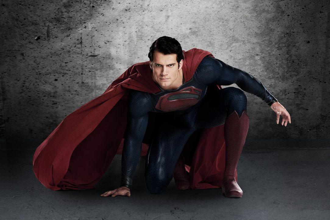 Aus großer Macht folgt große Verantwortung: Der Fortbestand der Erde lastet auf Superman Clark Kents (Henry Carvill) breiten Schultern ... - Bildquelle: 2013 Warner Brothers