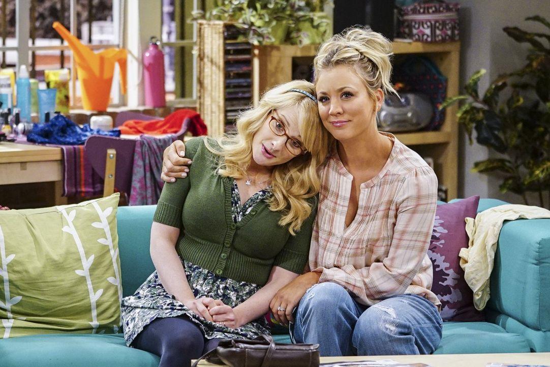 Kann Bernadette (Melissa Rauch, l.) ihrer Freundin Penny (Kaley Cuoco, r.) verzeihen, obwohl sie ein so intimes Geheimnis ausgeplappert hat? - Bildquelle: 2016 Warner Brothers