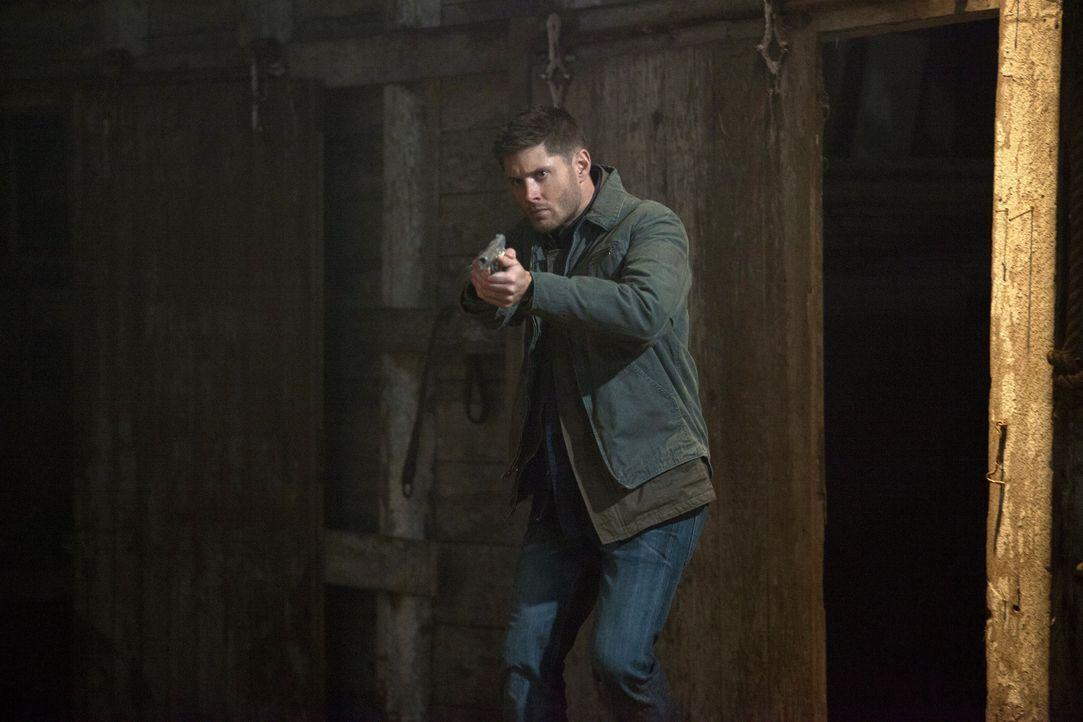 Der Unfall eines Jägerkollegen lässt Sam und Dean (Jensen Ackles) wieder aufeinandertreffen ... - Bildquelle: 2013 Warner Brothers