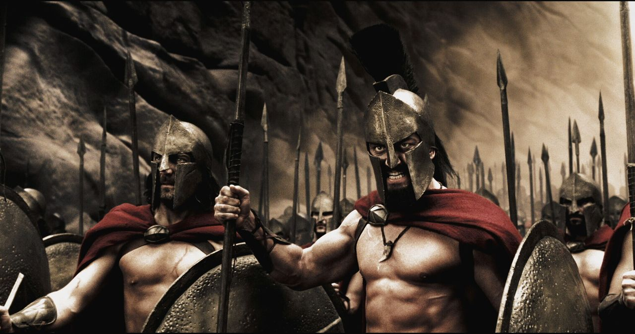 Im Rat wird Leonidas (Gerard Butler, l.) für seine Kriegspläne stark kritisiert, vor allem wegen der Aussichtslosigkeit des Kampfes gegen die zahl... - Bildquelle: TM &   Warner Bros. Entertainment Inc.
