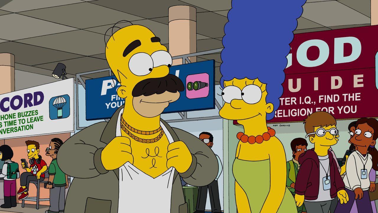 Als Homer (l.) wegen eines Fotos, das Marge (r.) gepostet hatte, gefeuert wurde, heuert er in einem griechischen Restaurant als Tellerwäscher an ... - Bildquelle: 2015 Fox and its related entities.  All rights reserved.