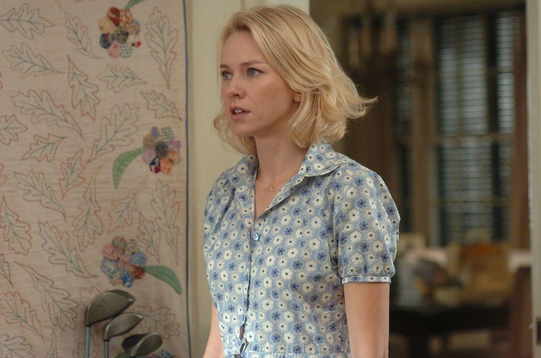 Der Aufenthalt in ihrem Ferienhaus wird für Ann (Naomi Watts) zum Alptraum ... - Bildquelle: 2008 Warner Brothers