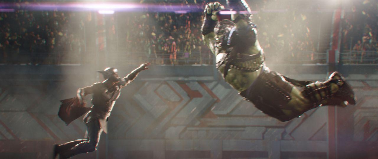 Thor (Chris Hemsworth, l.); Hulk (Mark Ruffalo, r.) - Bildquelle: Marvel Studios 2017