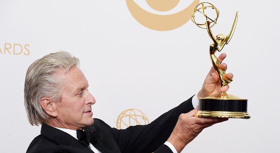 Emmy-Awards-Michael-Douglas-13-09-22-dpa - Bildquelle: dpa