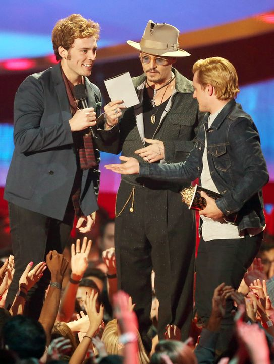 MTV-Movie-Awards-Sam-Claflin-Josh-Hutcherson-Johnny-Depp-140313-getty-AFP - Bildquelle: getty-AFP