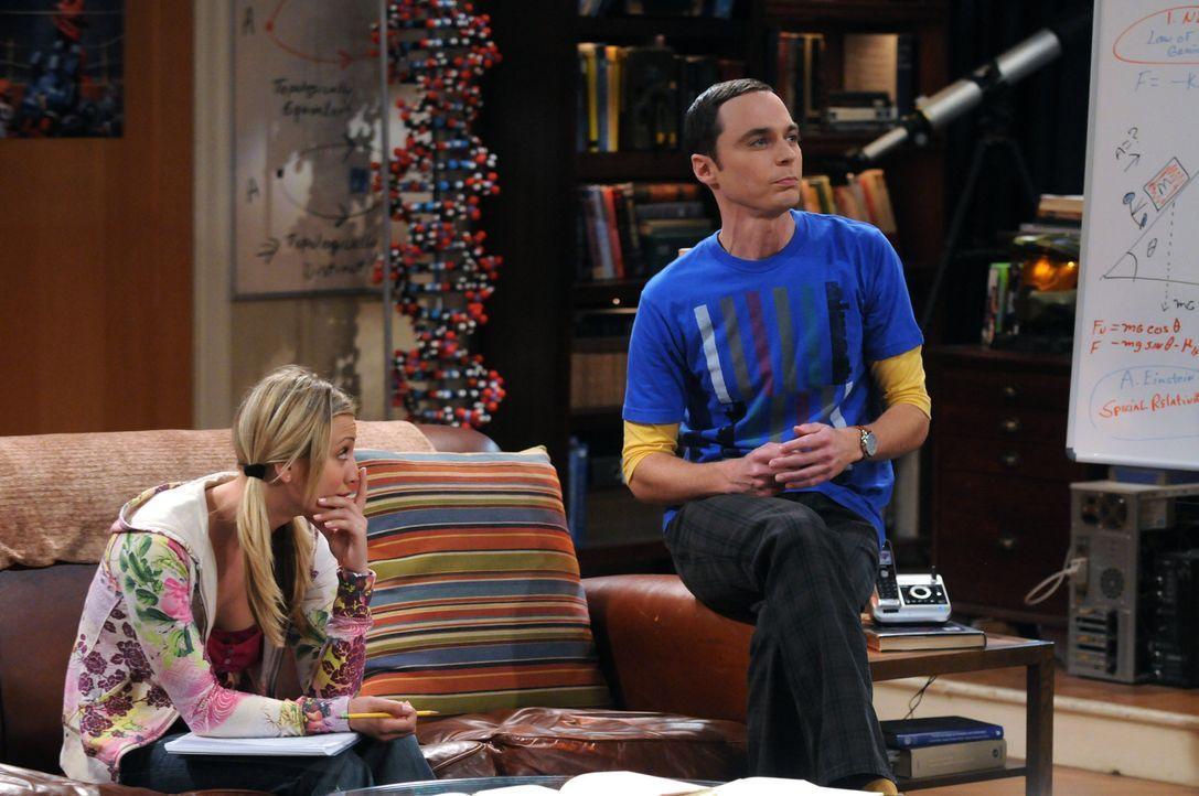 Penny (Kaley Cuoco, l.) ist von der Situation alles andere als begeistert und bittet deshalb Sheldon (Jim Parsons, r.), ihr etwas über Physik beizu... - Bildquelle: Warner Bros. Television