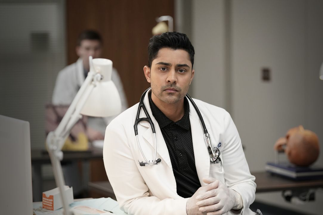 Dr. Devon Pravesh (Manish Dayal) - Bildquelle: Jace Downs 2018-2019 Twentieth Century Fox Film Corporation. All rights reserved. / Jace Downs