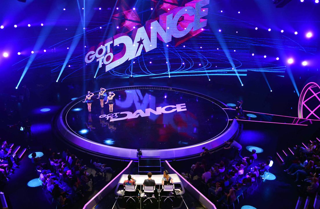 Got-To-Dance-Sailor-Girls-07-SAT1-ProSieben-Willi-Weber - Bildquelle: SAT.1/ProSieben/Willi Weber