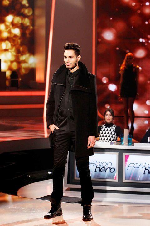 Fashion-Hero-Epi06-Gewinneroutfits-Rayan-Odyll-s-Oliver-05-Richard-Huebner-TEASER - Bildquelle: Richard Huebner