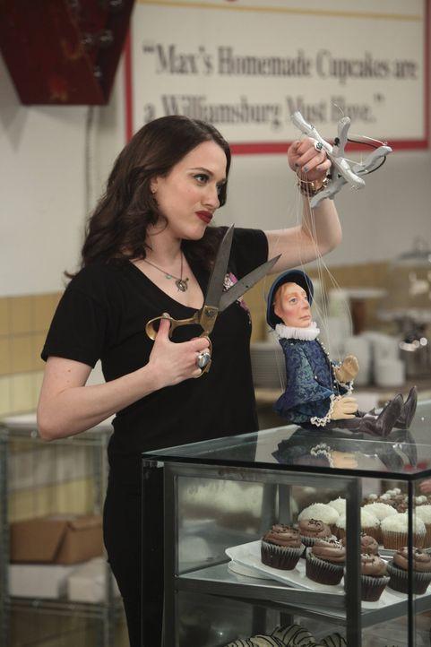 Ihre Wut über J.Petto treibt Max (Kat Dennings) zu Taten, die sie schnell bereut ... - Bildquelle: Warner Bros. Television