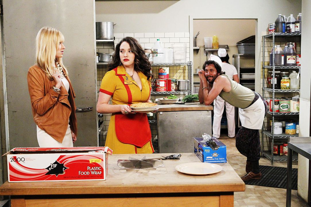 2-broke-girls-stf01-epi02-private-grenzen-05-warner-brothersjpg 1536 x 1024 - Bildquelle: Warner Brothers