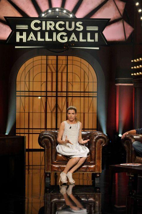 halligalliaz2117png 1982 x 2979 - Bildquelle: ProSieben/Claudius Pflug