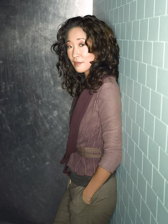 (5. Staffel) - Wird sie endlich die große Liebe finden? Dr. Cristina Yang (Sandra Oh) ... - Bildquelle: Bob D'Amico 2007 American Broadcasting Companies, Inc. All rights reserved. NO ARCHIVING. NO RESALE.