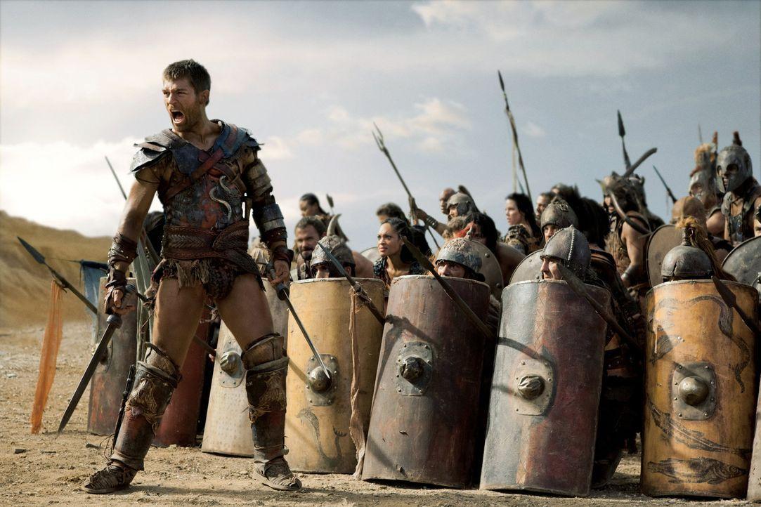 Nachdem Spartacus (Liam McIntyre) diejenigen, die nicht kämpfen können, in die Sicherheit jenseits der Berge geschickt hat, zieht er mit seinen verb... - Bildquelle: 2012 Starz Entertainment, LLC. All rights reserved.