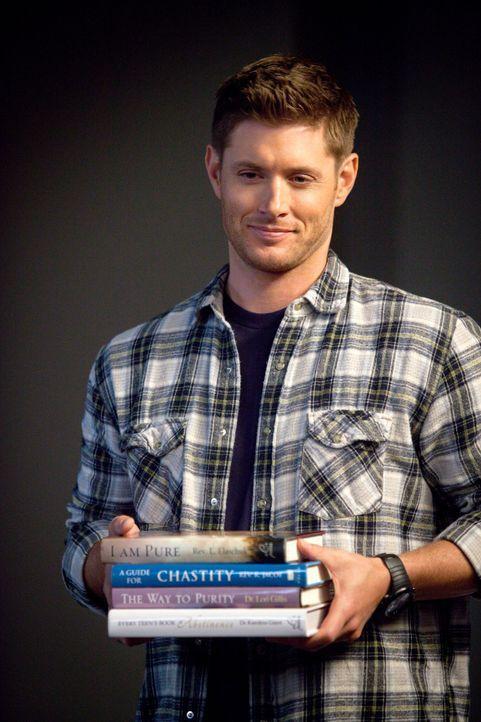 Eigentlich sollte Dean (Jensen Ackles) lediglich nach der Ursache für mehrere Morde in einer Kleinstadt suchen, doch dann scheint ihn die Keuschheit... - Bildquelle: 2013 Warner Brothers