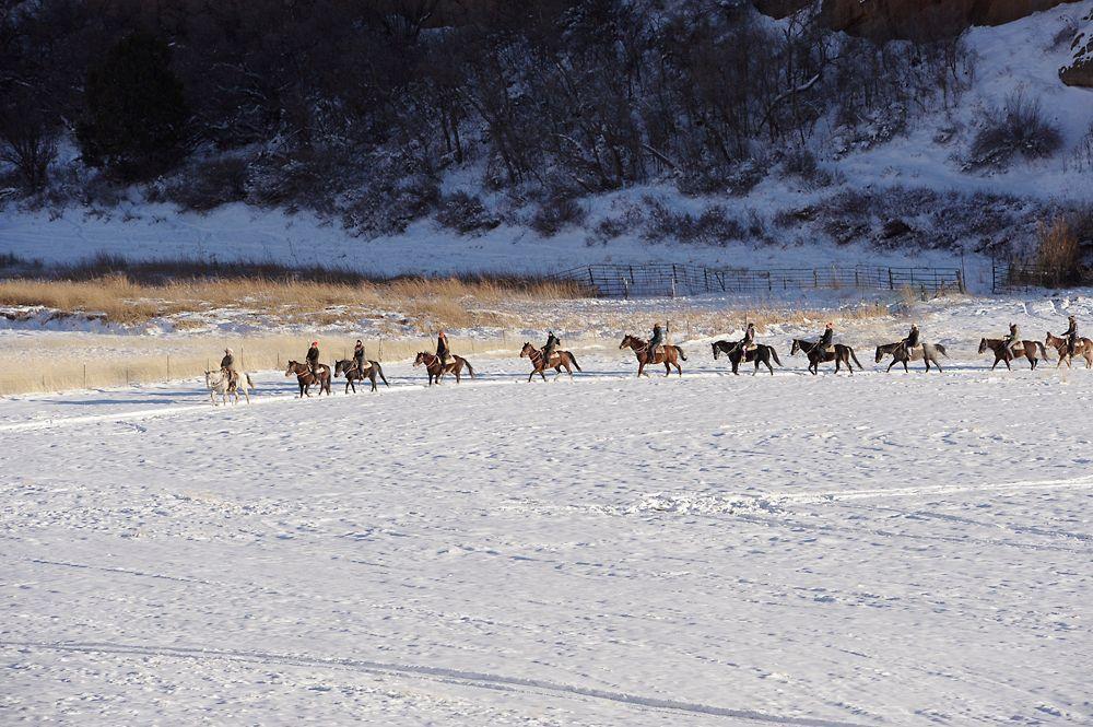 GNTM-Stf09-Epi08-Leben-auf-der-Ranch-29-ProSieben-Oliver-S - Bildquelle: ProSieben/Oliver S.