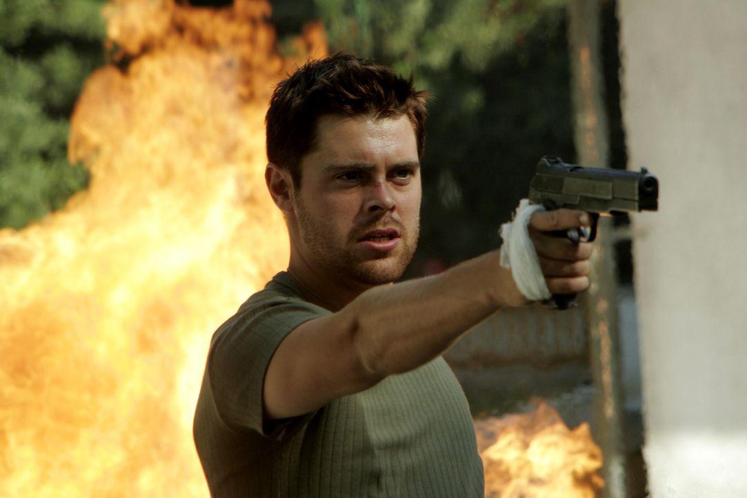 Dimitri (Matthew Leitch) ist ein gefährlicher Handlanger des Waffenhändlers Bostanescu. Eines Tages erhält er den Auftrag, eine junge Frau zu töten.... - Bildquelle: 2005 Micro-Fusion 2004-14 LLP. All Rights Reserved.