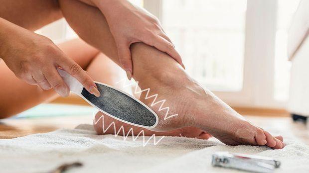 Hornhaut ist nicht schön, aber total natürlich! Wie du die Fußpflege effektiv...