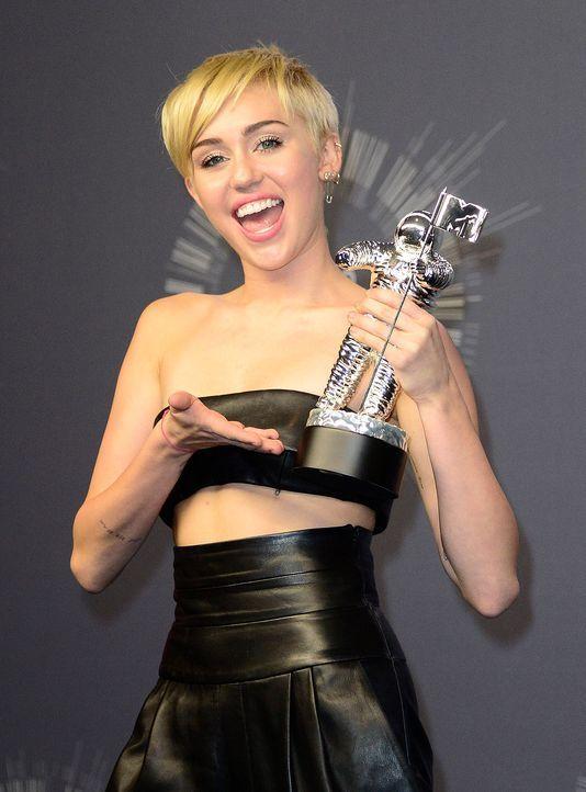 Miley-Cyrus-14-08-25-MTV-VMAs-dpa - Bildquelle: dpa