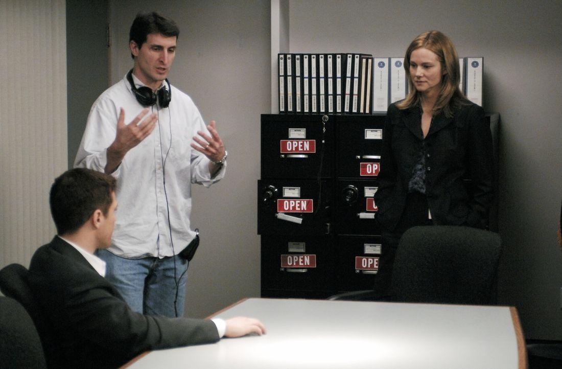 """Bei den Dreharbeiten zu """"BREACH"""" ... - Bildquelle: Universal Pictures"""