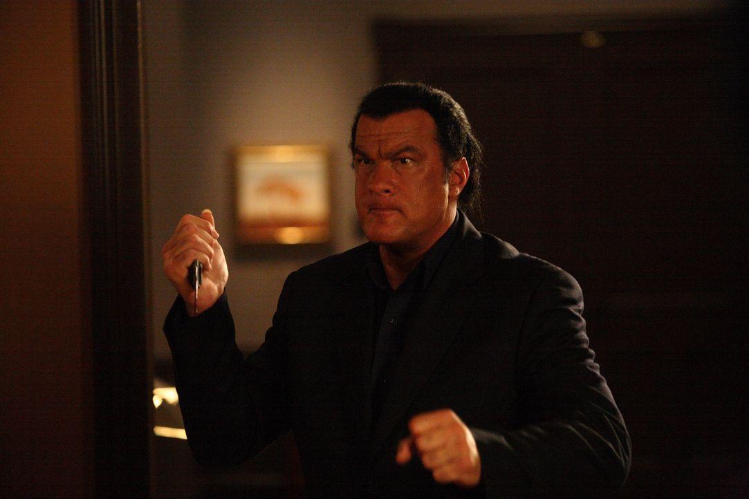 Seine Ermittlungsmethoden sind ziemlich brutal, aber seine Erfolgsquote ist äußerst hoch: Detective Jacob King (Steven Seagal) ... - Bildquelle: Nu Image