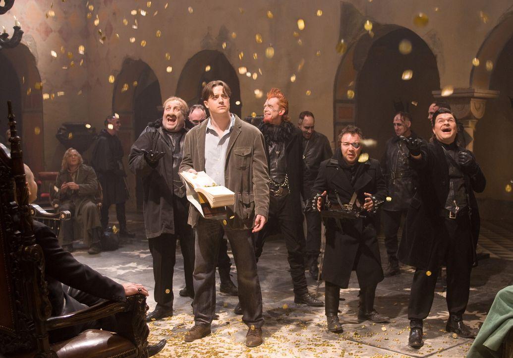"""In Capricorns (Andy Serkis, l.) Festung wird Mo (Brendan Fraser, M.) dazu gezwungen, mit Hilfe seiner besonderen Gabe, die Schätze aus dem Buch """"Tau... - Bildquelle: Warner Brothers"""