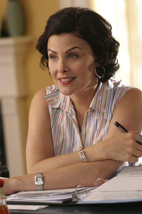 Allison Harden (Sherilyn Fenn) ist eine erfolgreiche Immobilien-Maklerin. Eines Tages mietet ein dubios aussehender Kunde ein altes Haus, das dieser... - Bildquelle: Buena Vista International Television |