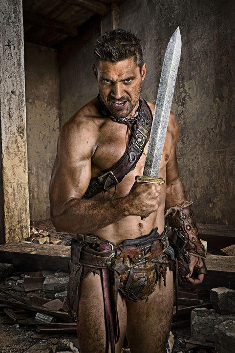In Freiheit gilt Crixus' (Manu Bennett) einziger Gedanke der Suche nach Naevia. Er riskiert sein Leben, um sie aus der Hand eines brutalen Sklavenhä... - Bildquelle: 2011 Starz Entertainment, LLC. All rights reserved.