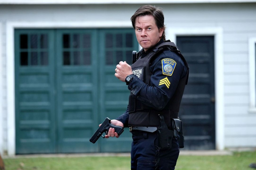 Tommy Saunders (Mark Wahlberg) - Bildquelle: Karen Ballard 2016 CBS Films Inc. and Lionsgate Films Inc.