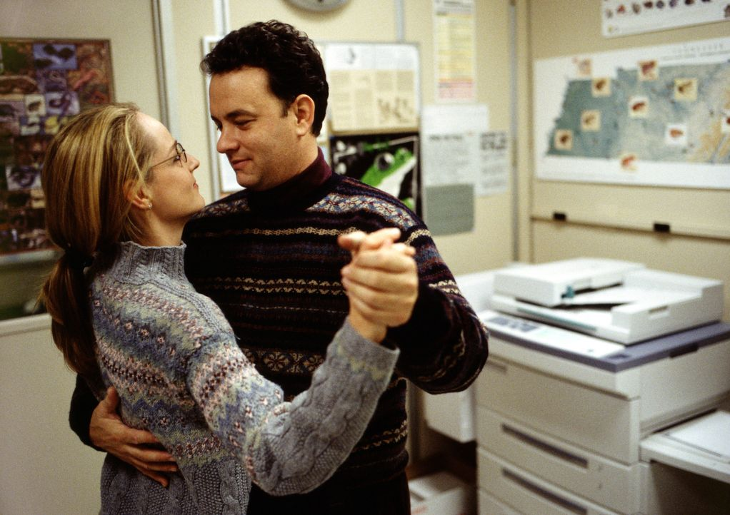 Obwohl Chuck (Tom Hanks, r.) wenig Zeit für seine Freundin Kelly (Helen Hunt, l.) hat, steht sie ihm treu zur Seite. Da kommt es zu einem fatalen Fl... - Bildquelle: Francois Duhamel 2001 Twentieth Century Fox Film Corporation and Dreamworks LLC. All rights reserved