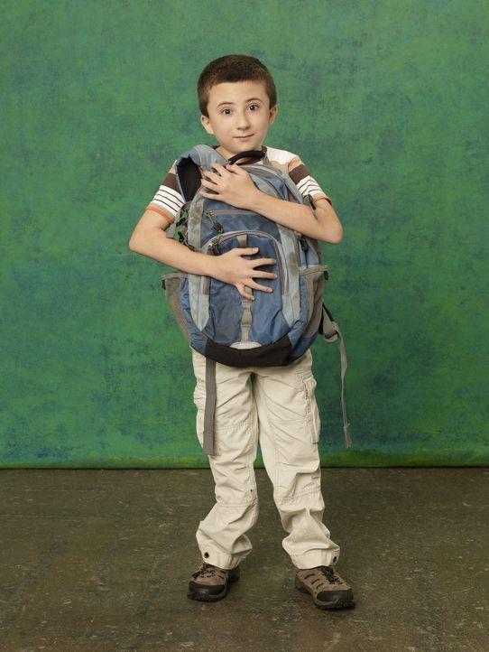(2. Staffel) - Er ist intelligent und gebildet, hat aber Probleme sich mit anderen Kindern anzufreunden: Brick (Atticus Shaffer) ... - Bildquelle: Warner Brothers